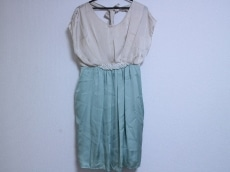 アプレジュールのドレス