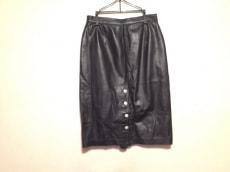 ジャンマルコロレンツィのスカート