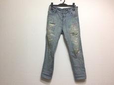 ザデイズトウキョウのジーンズ