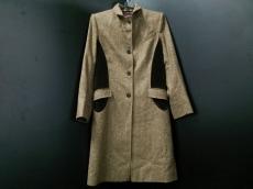 アスプレイのコート