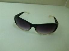 ブラックフライのサングラス