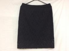 フランキーモレロのスカート