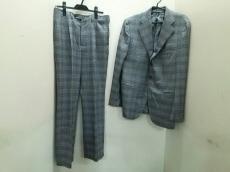 チェサレアットリーニのメンズスーツ