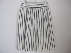 シェトワのスカート