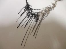 ガンダのネックレス