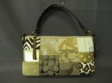 COACH(コーチ)のシグネチャーパッチワークデミのハンドバッグ