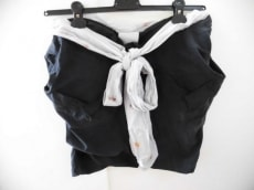 ベッドサイドドラマのスカート