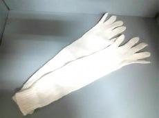 miumiu(ミュウミュウ)の手袋
