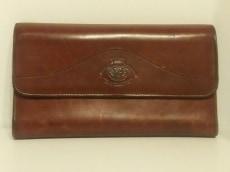 グルカの長財布