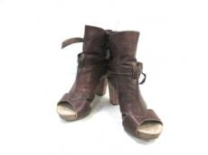 フランチェスコモリケッティのブーツ