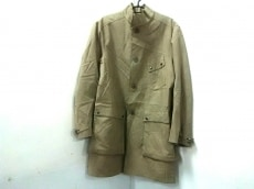 フィリッポキエーザのコート