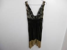 マンダレイのドレス