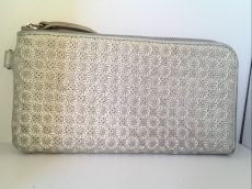 ギャリーズの長財布
