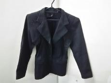 エスターペルボントのジャケット
