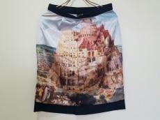 インファナニマスのスカート