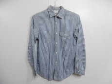 トゥデイフルのシャツ