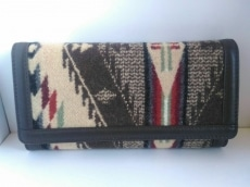 PENDLETON(ペンドルトン)の長財布