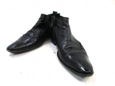 バガットのブーツ