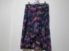 フォンタナのスカート