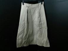 メニケッティーのスカート