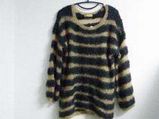 ハリコットルージュのセーター