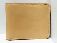 ラストクロップスの2つ折り財布