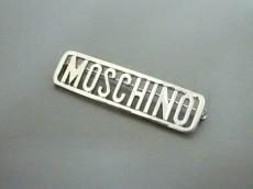 MOSCHINO(モスキーノ)のブローチ