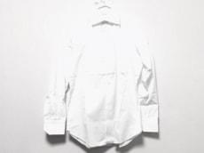 フレイのシャツ