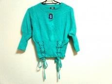 パメオポーズのセーター