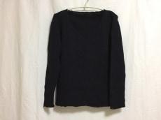 ナチュラルビューティースタイルのセーター