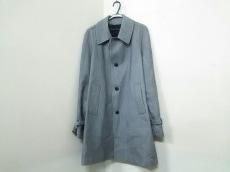 アルティジャナーレのコート