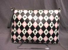 カラーズバイジェニファースカイのセカンドバッグ