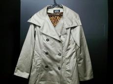ギャルズビルのコート