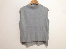 トゥデイフルのセーター