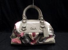 COACH(コーチ)のアシュレイスナップヘッドサッチェルのハンドバッグ
