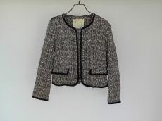 ミラーミラーオンザウォールのジャケット
