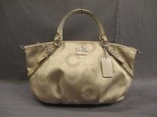 COACH(コーチ)のマディソン ドッテッド オプ アート ソフィアのハンドバッグ