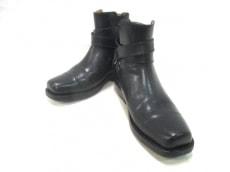 アダムスブーツのブーツ