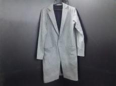 バナル シック ビザールのコート