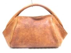 ドルマンのハンドバッグ