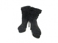 レ・シーラのブーツ