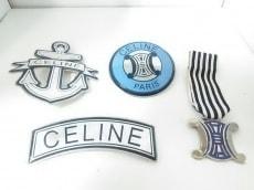 CELINE(セリーヌ)のブローチ