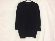 デリシャスのセーター