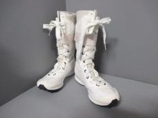 アディダスバイステラマッカートニーのブーツ