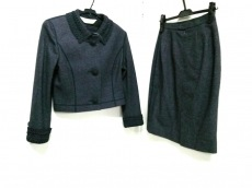 YUKISABURO WATANABE/渡辺雪三郎(ユキサブロウワタナベ)/スカートスーツ