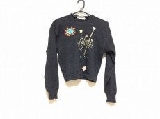 ローレルエスカーダのセーター