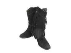アンジュパッセのブーツ