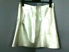 ルーアンドレアのスカート
