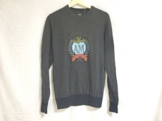 アエロナウティカミリターレのセーター