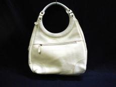 フレアのショルダーバッグ